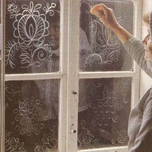 soap drawing on windows