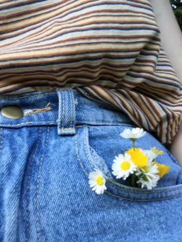 jean pocket flowers